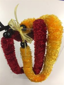 2 strands of lei
